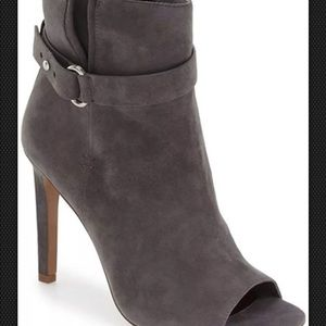 BCBGeneration Ankle Boot 7.5 M Suede Grey Peep Toe
